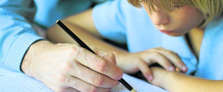 Comment savoir si votre enfant à besoin de soutien scolaire